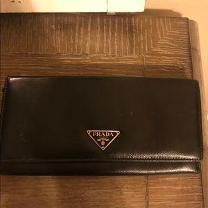 Auth Prada leather wallet